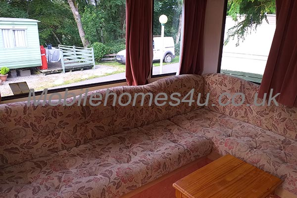 mobile-home-1493b.jpg