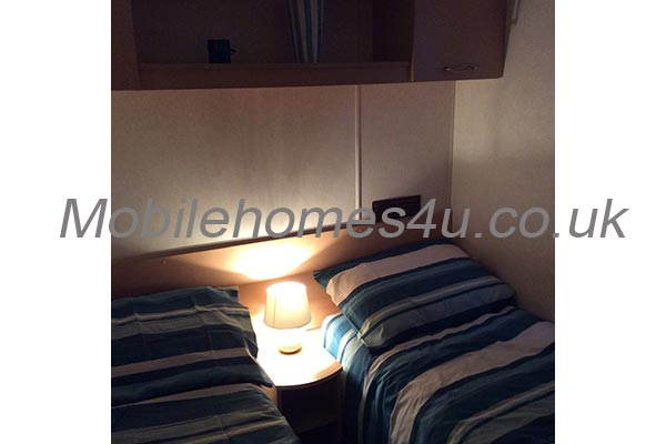 mobile-home-1499g.jpg