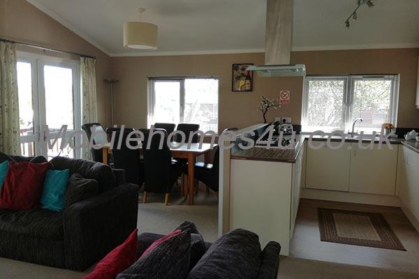 mobile-home-1503c.jpg
