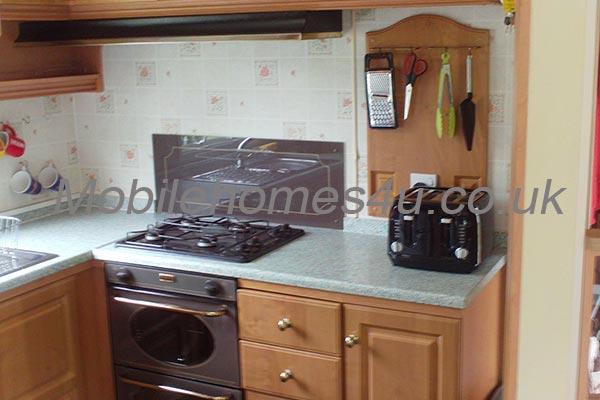 mobile-home-1523e.jpg